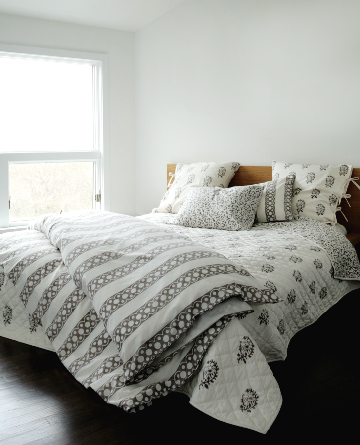 Nicole Duvet Cover In French Gray