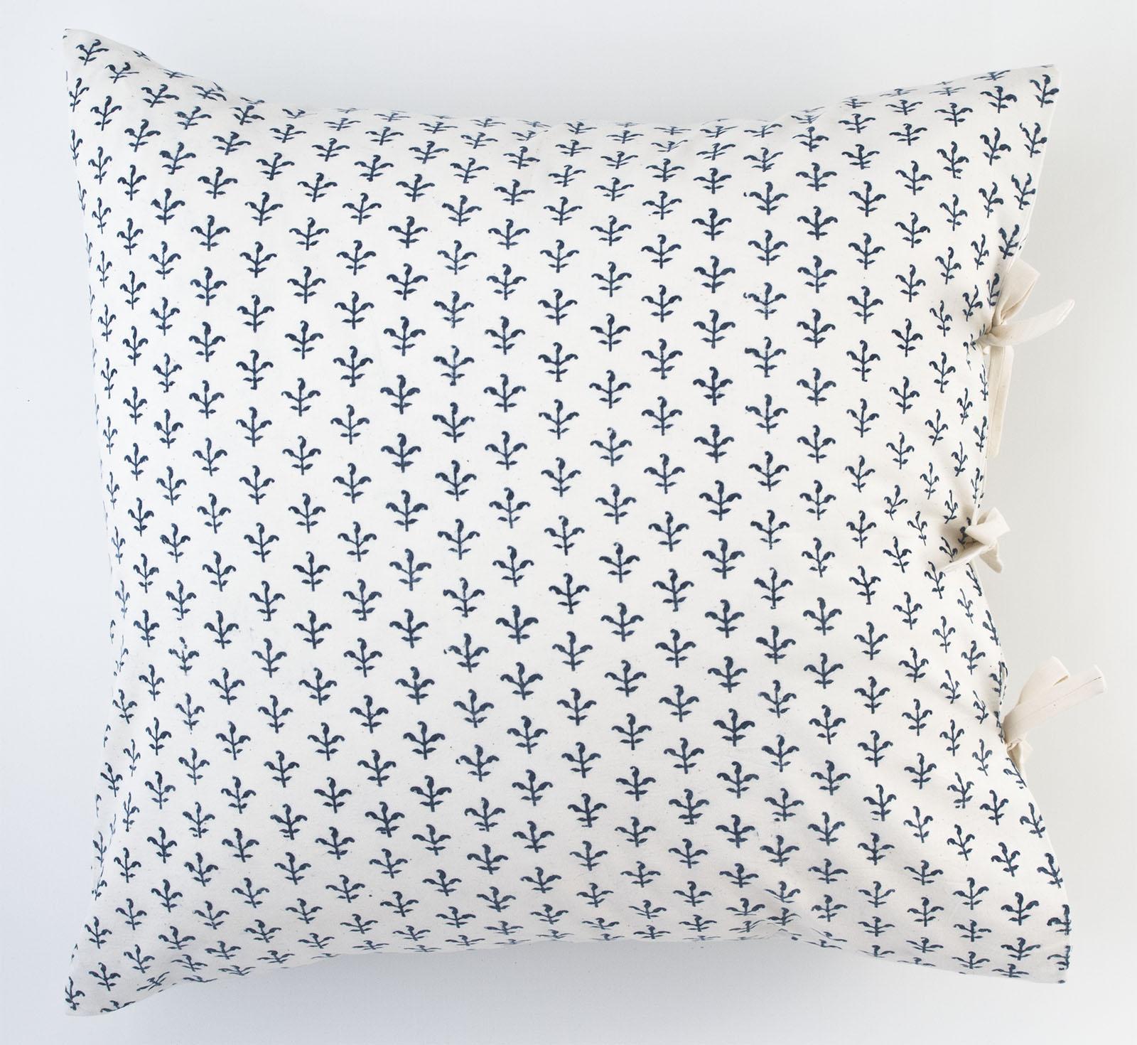 fleur deco pillow les indiennes. Black Bedroom Furniture Sets. Home Design Ideas