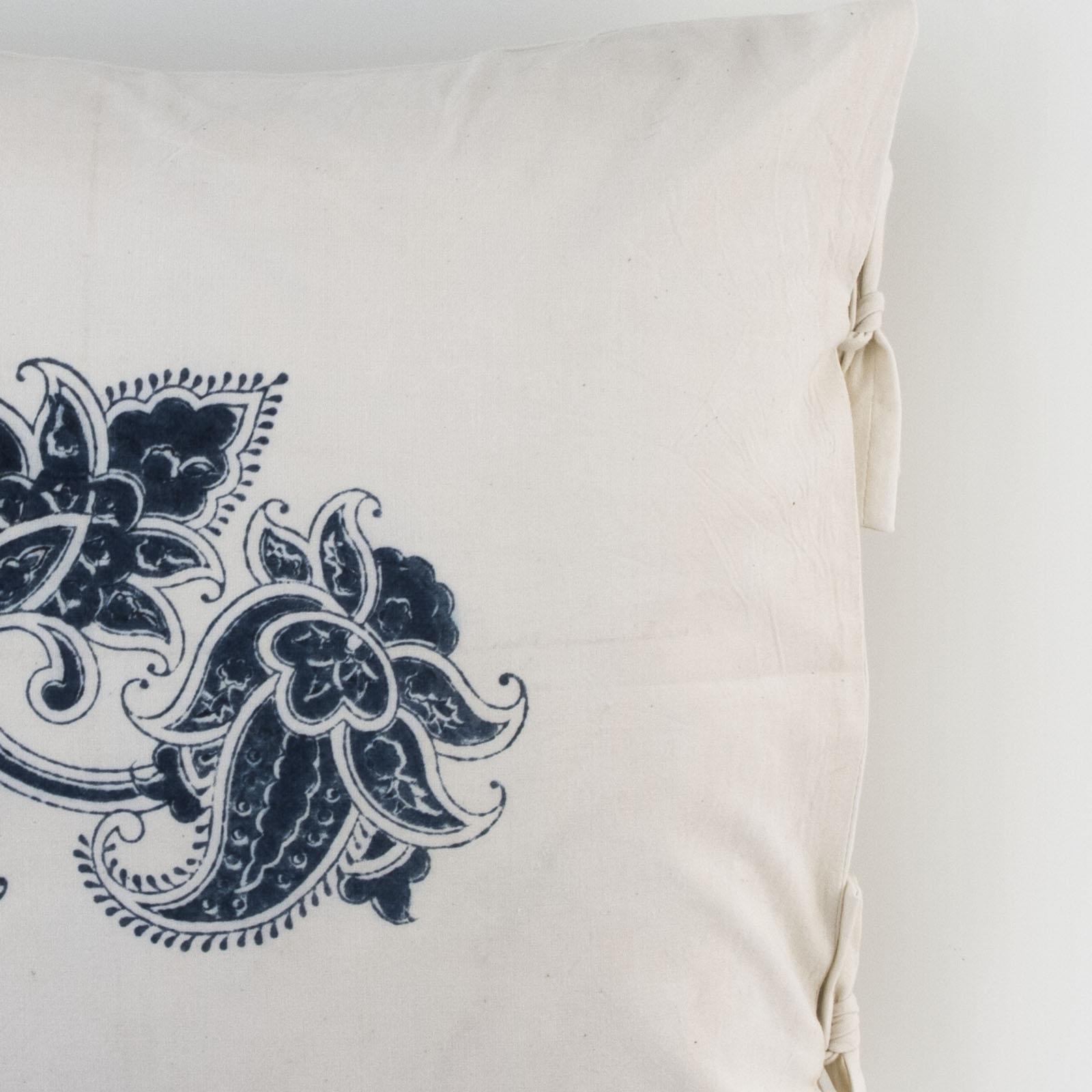 paris small deco pillow les indiennes. Black Bedroom Furniture Sets. Home Design Ideas