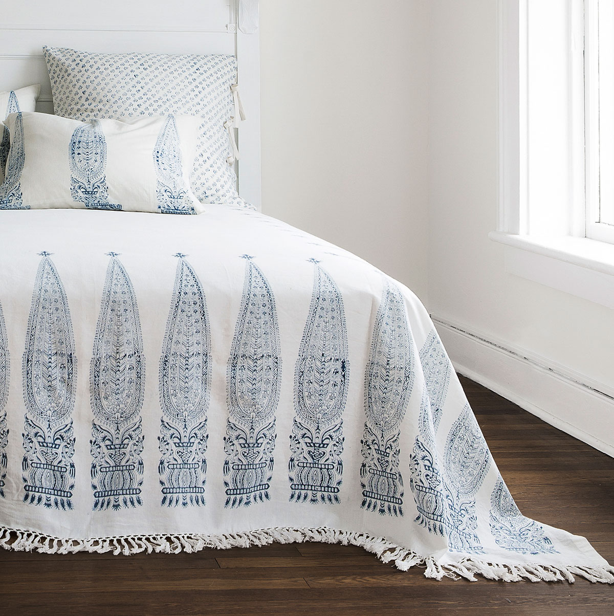 Royale Bed Throw Les Indiennes