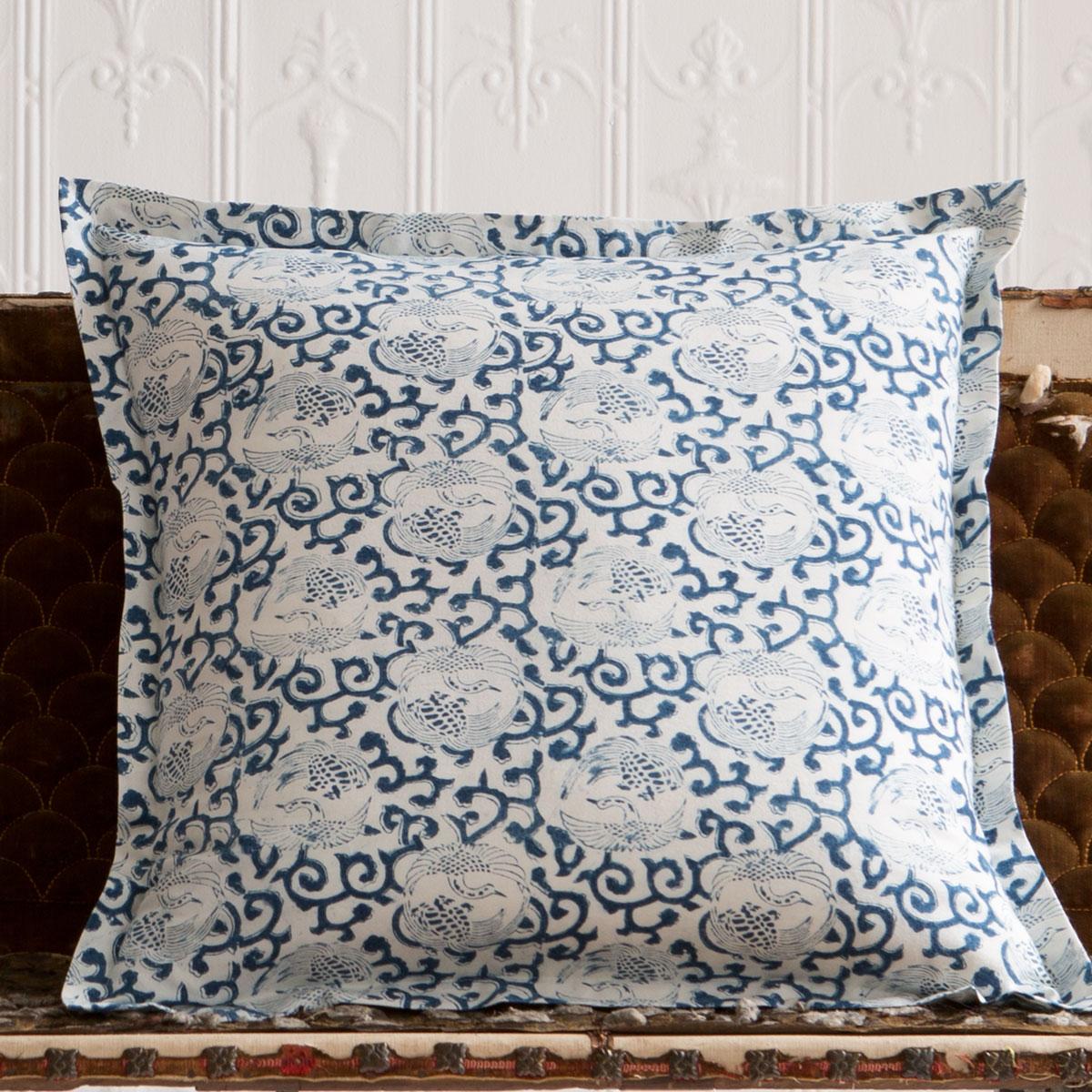 cranes deco pillow with flange les indiennes. Black Bedroom Furniture Sets. Home Design Ideas
