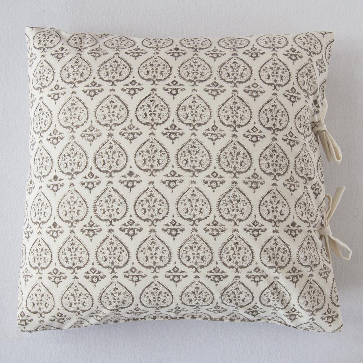 duchesse small deco pillow les indiennes. Black Bedroom Furniture Sets. Home Design Ideas