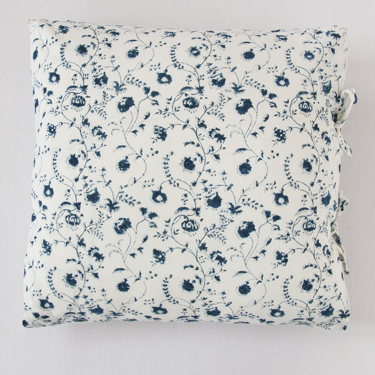solange small deco pillow les indiennes. Black Bedroom Furniture Sets. Home Design Ideas